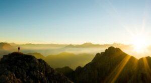 Berg zonsopkomst